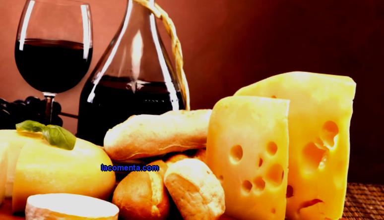 Gastronomic tours to France are becoming more and more popular among modern tourists. After all, everyone dreams of trying delicious cheeses and wine