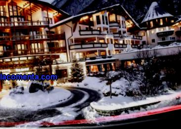 What beach ????, ski and health resorts should tourists visit ???? during vacation. What hotels are available for booking.