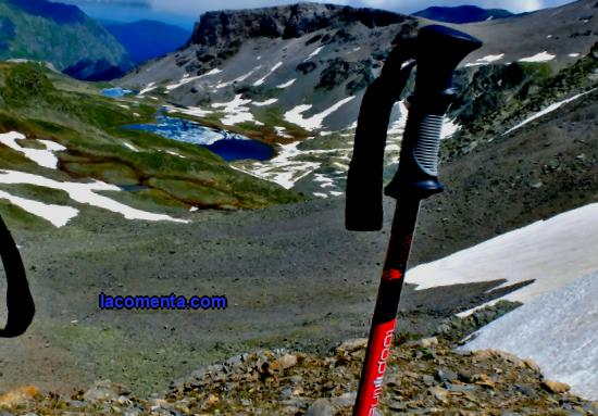 Trekking poles: what you need, how to choose, where to buy