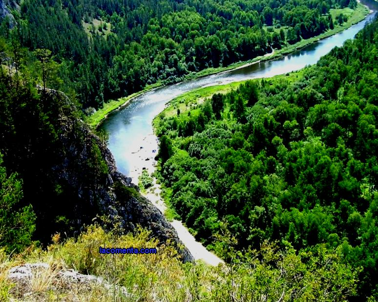 What you need to know about the rivers of the Urals. Favorable time for tourist water trips. How is the river rafting. The cost of river rafting.