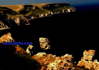 Kayaking in Crimea and popular routes along the coast. Description of the most scenic kayaking spots on the peninsula.