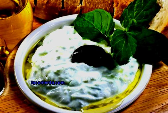 The main dishes of Greek cuisine: what to try for a tourist