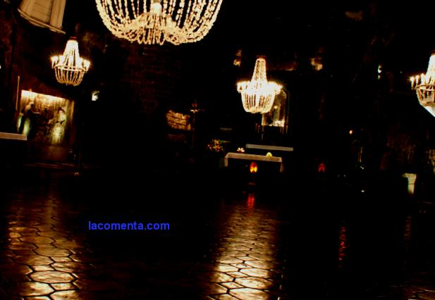 Poland: Wieliczka spa - treatment in the salt mines