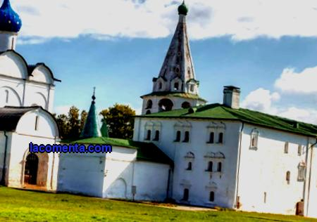 Excursions in Suzdal 2021 - prices from 1200 rubles, description and booking. Interesting excursions around the city of Suzdal, where there is not a single factory.
