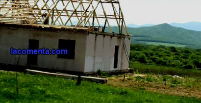 What can be built on agricultural land