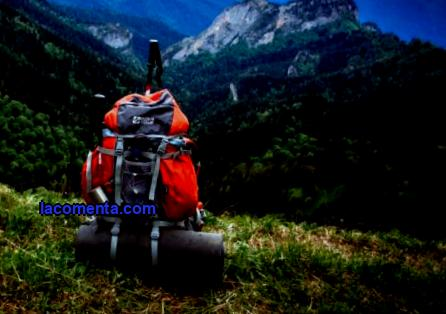 What to take with you on trekking in Nepal. Detailed list of clothes and equipment for a tour to Nepal. List of equipment for trekking in Nepal - essential things.