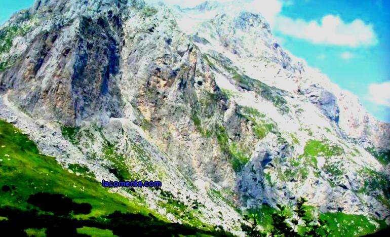 Caucasus - would you like to go there? On the Caucasus mountains with children: a detailed description of the route, a trekking plan and other useful information.